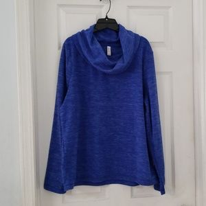 Ladies heathered royal blue pullover fleece